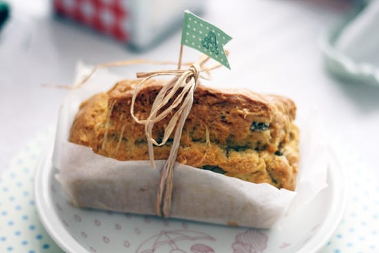 homemade-bread-cupcake-flag