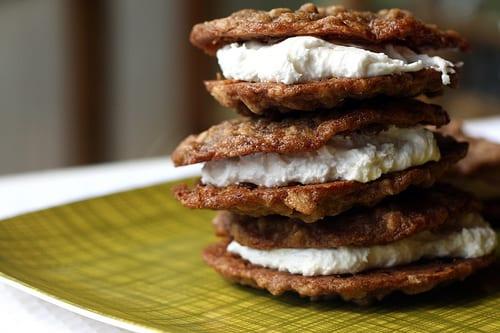 homemade-oatmeal-cream-pies