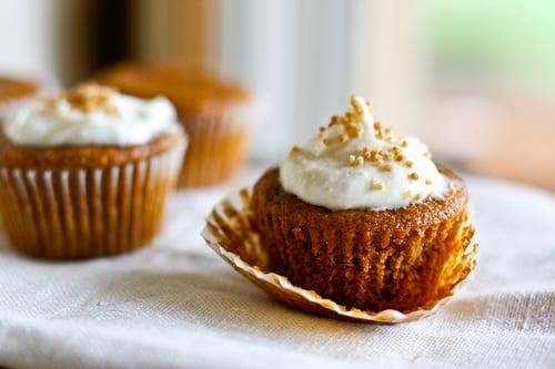 pumpkin-cream-cheese-cupcakes
