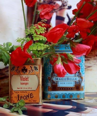 Sweet Pea Vintage Tin Centerpieces thumbnail