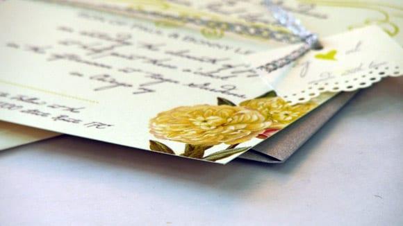 yellow-flower-wedding-invitations