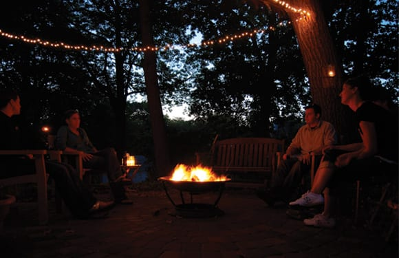 backyard-party-bonfire