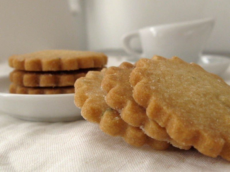 honey shortbread cookies i love shortbread cookies honey shortbread ...