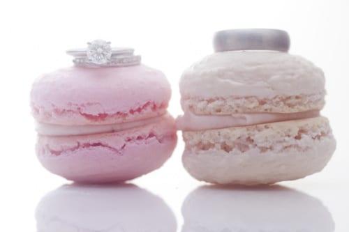 pink-wedding-macarons