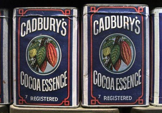 vintage-cadburys-cocoa-essence-packaging