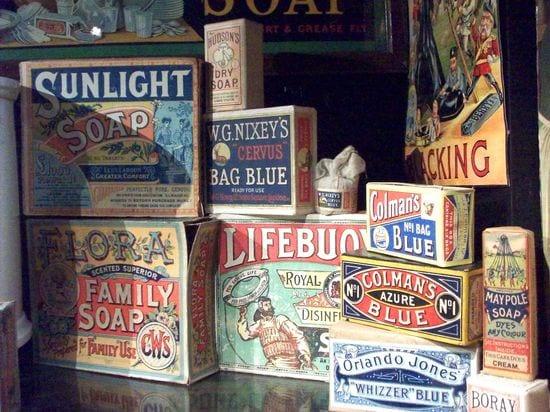 vintage-soap-packaging-advertisments