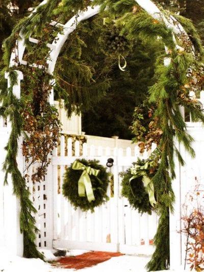 Green and Silver Holiday Decor thumbnail
