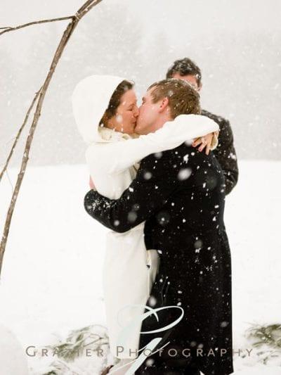 A Snowy Winter Wedding thumbnail