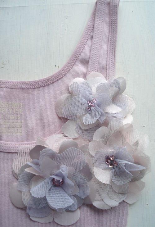 diy-flower-corsage-tank-top