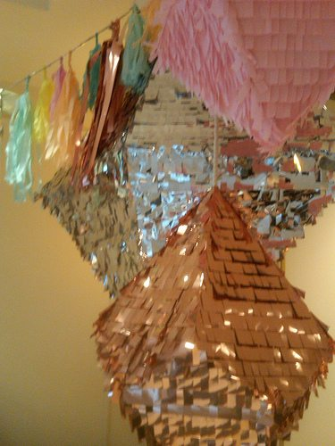 confetti-systems-party-decor-the-wedding-party