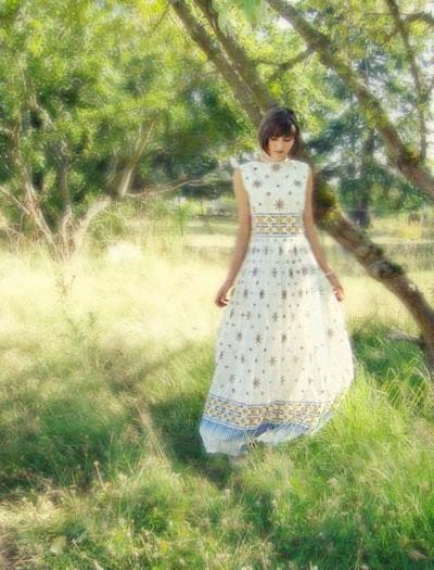 Patterned Vintage Wedding Dress thumbnail