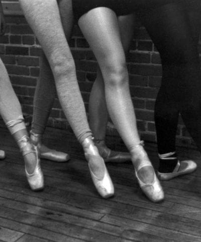 Inspiring Images – Dancing Ballerinas thumbnail