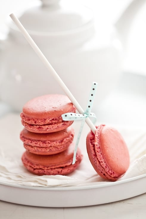 Raspberry Macaron Pops - The Sweetest Occasion — The Sweetest ...
