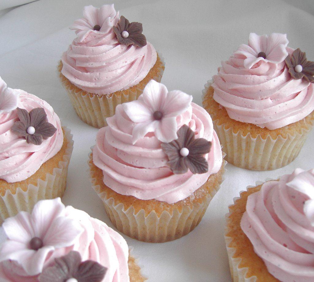 pinkflowerweddingcupcakes The Sweetest Occasion