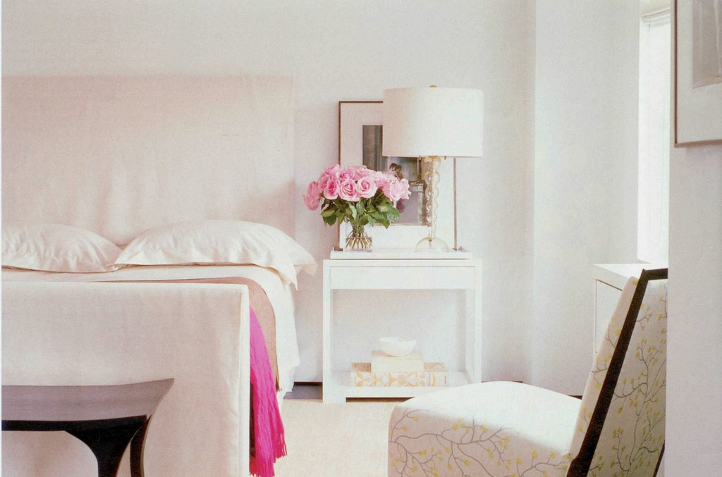 Pink White Bedroom Pink Rose Centerpiece