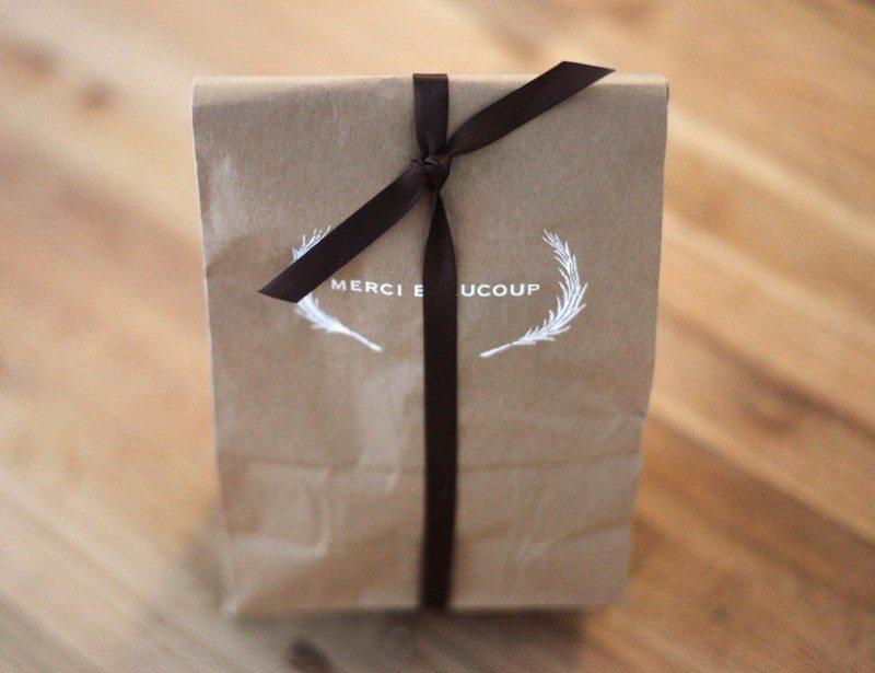 Paper Bag Wedding Favor Ideas : merci-beacoup-brown-paper-bags-wedding-favor-ideas