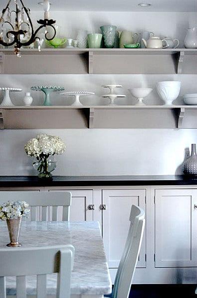 vintage-glassware-cake-stand-open-shelving-kitchen-vintage-chandelier
