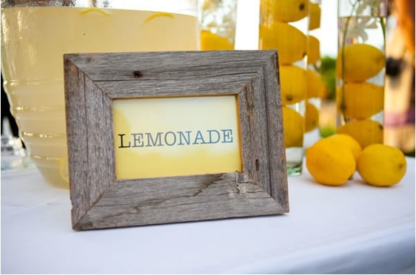 lemonadeweddingpicnicreceptionideassummerweddinglemons