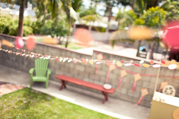 sherbet-colors-paper-garlands-birthday-party