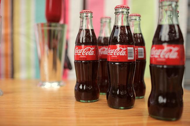 Vintage coke glass bottles the sweetest occasion the for Retro glass bottles