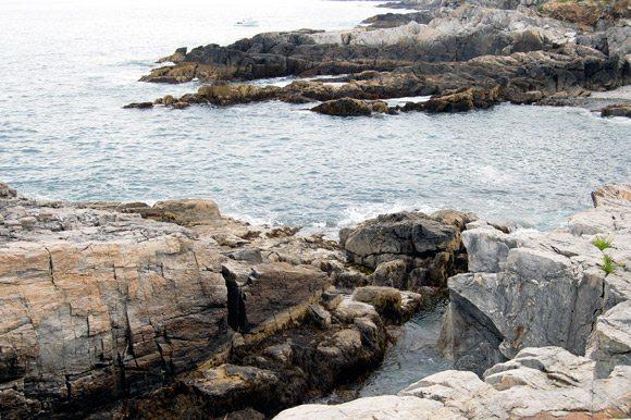 rocky-maine-coastline
