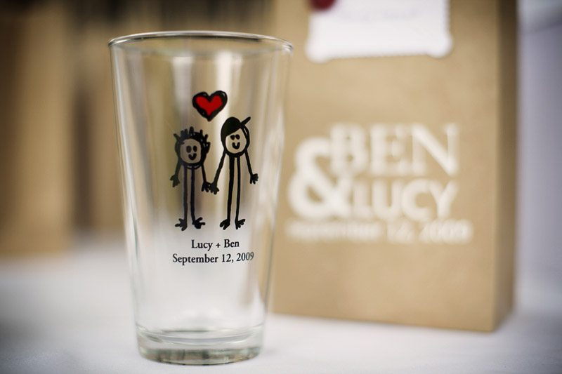 Engraved Wedding Beer Glasses : personalized beer pint glasses The Sweetest Occasion - The ...