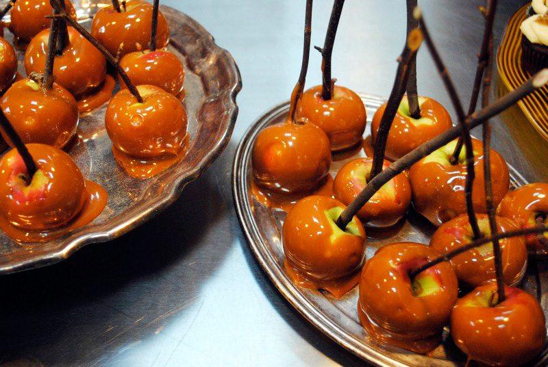 caramel-apples.jpg