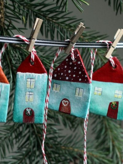 Loving Handmade Holiday Decor thumbnail