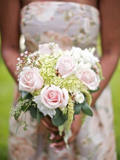 DIY Chic Lake Michigan Wedding thumbnail