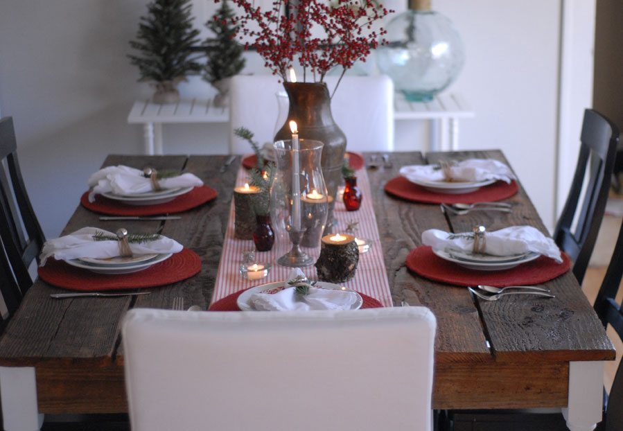 holiday-table-setting.jpg