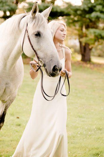 A Romantic Encore Bridal Shoot thumbnail