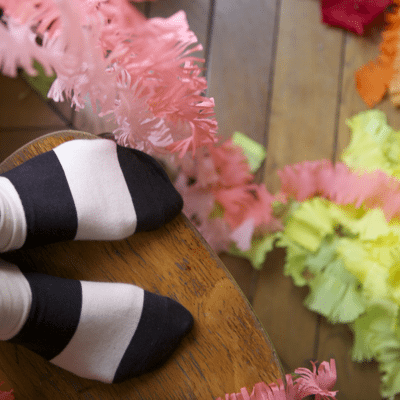 DIY Fringed Party Streamers thumbnail