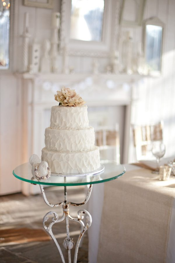 Wedding Cake Design Rustic : rustic-chic-wedding-cake - The Sweetest Occasion   The ...