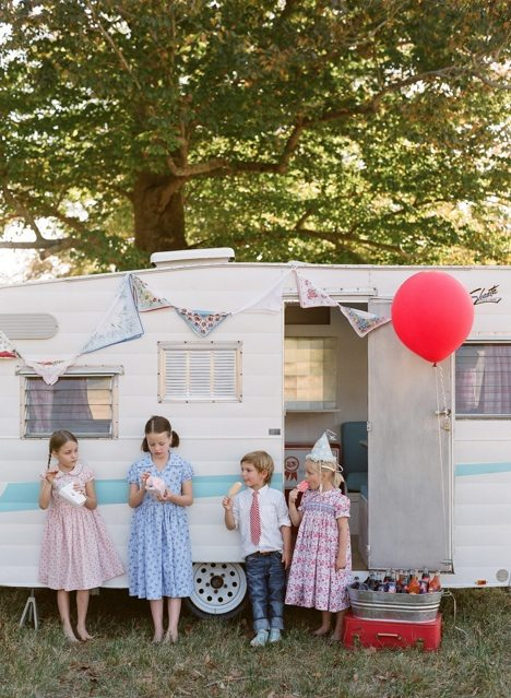vintage-birthday-party-ideas
