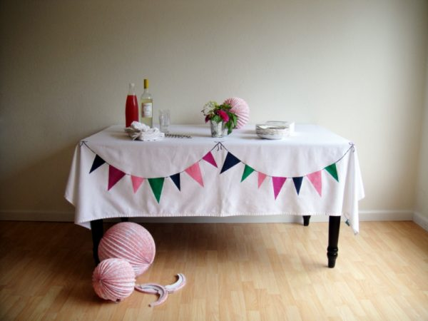 12 DIY Tablecloths for Special Occasion