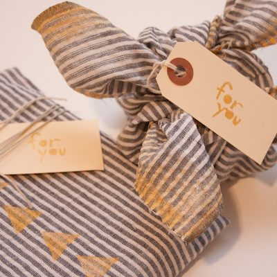 DIY Fabric Gift Wrap thumbnail