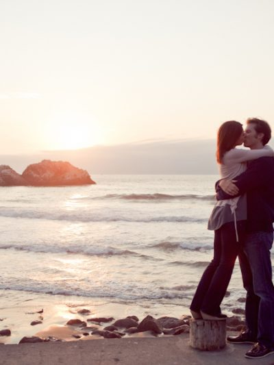 A Romantic Beach Engagement Shoot thumbnail