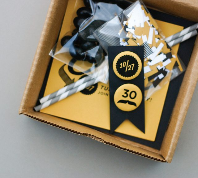 Kara 39 s party ideas 30th birthday party ideas kara 39 s for 30 birthday decoration ideas