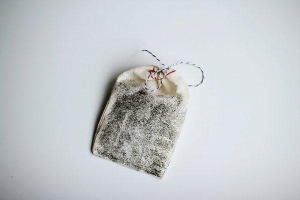 diy glittered gift bag