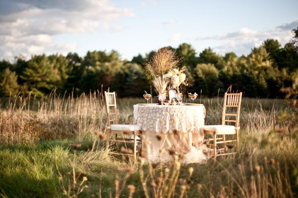 There are few things as pretty as a fall wedding in the country