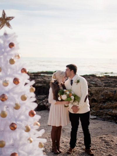 A Holiday Beach Engagement Shoot thumbnail