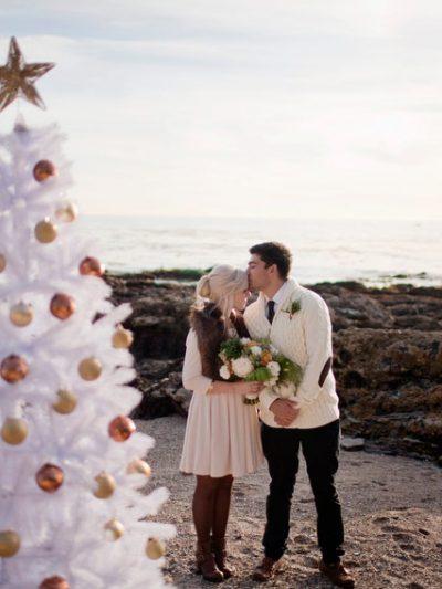 A Holiday Beach Engagement Shoot thumbnail