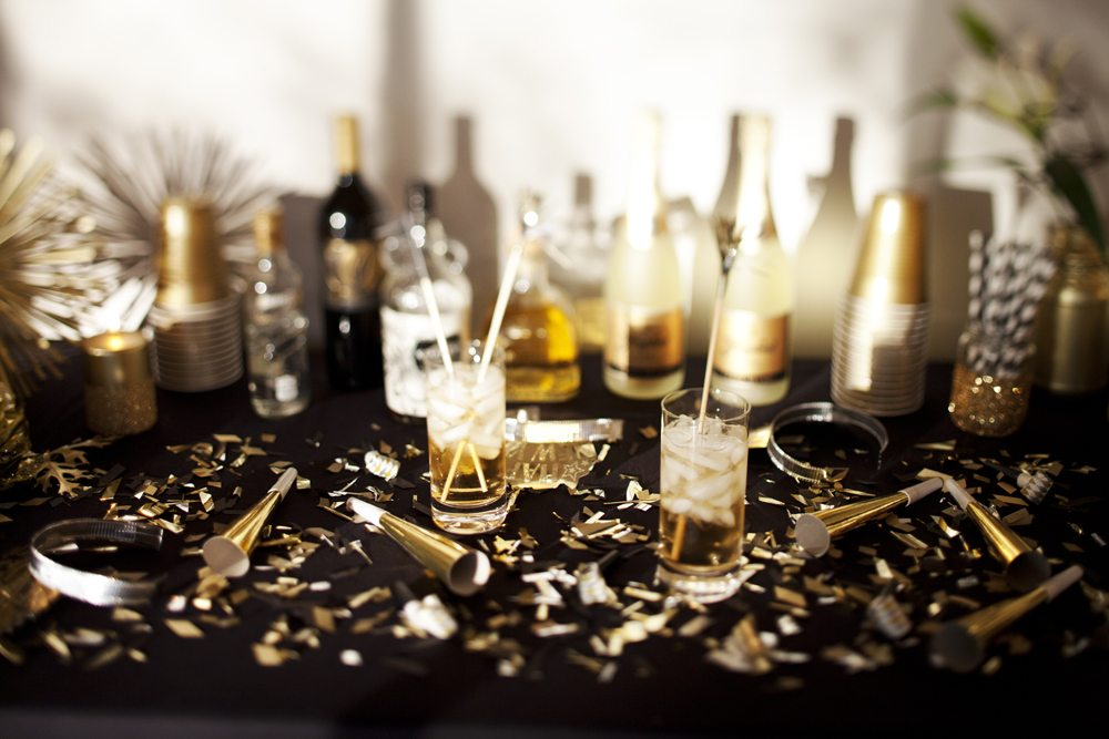 A new year 39 s eve gold rush party the sweetest occasion for Table 52 new years eve