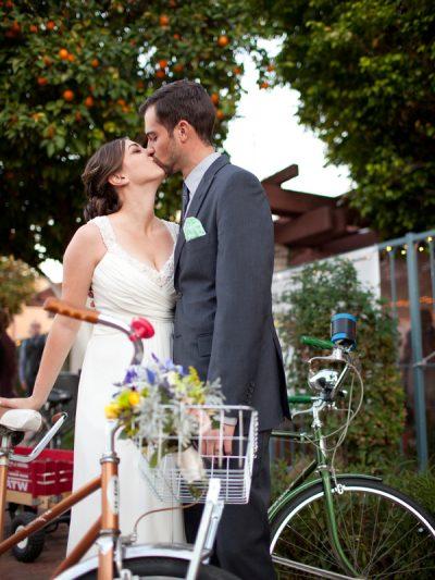 Megan + Frank: A Sweet Vintage Wedding thumbnail
