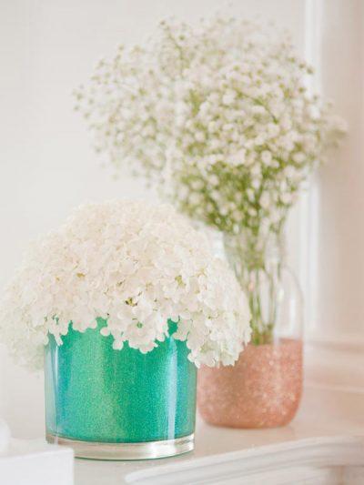 DIY Glitter Vases thumbnail