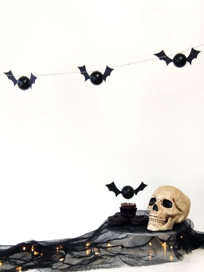DIY Bat Garland thumbnail