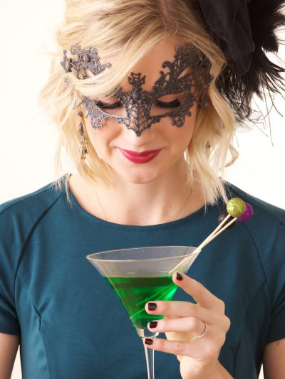 A Fancy Halloween Party + Witches Brew Cocktail thumbnail