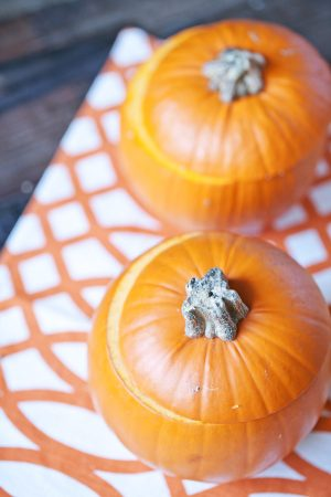 Pumpkin ice cream served in mini pumpkins | Sugar & Charm for The Sweetest Occasion