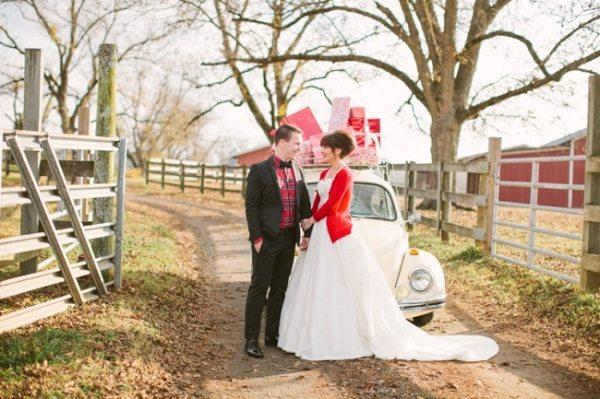 Newlywed Christmas photos | Photo by Haley Sheffield
