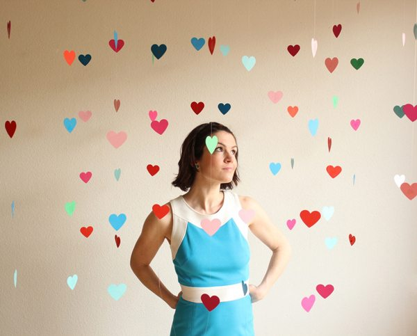 DIY heart backdrop by Hank & Hunt